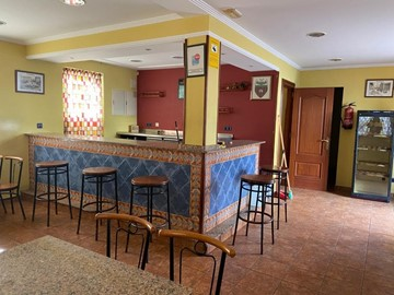SE VENDE LOCAL COMERCIAL ACONDICIONADO COMO BAR - Ferrol
